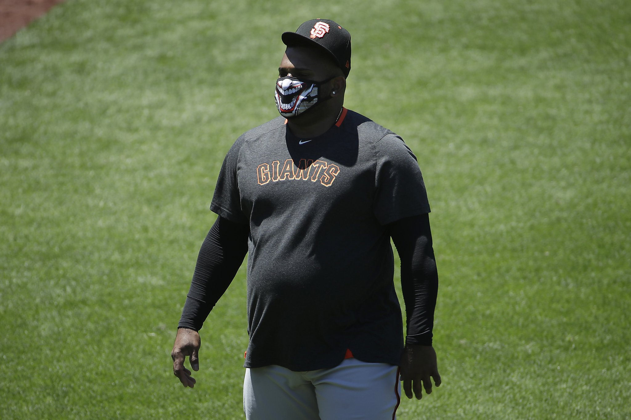 Giants' manager defers questions on Pablo Sandoval's weight, says his work looks good