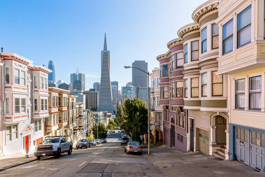 Nearly 1,000 neighborhoods across the country were identified as seeing the most gentrification, with most in 20 metropolitan cities listed in the report. Photo: Alexander Spatari/Getty Images / Alexander Spatari