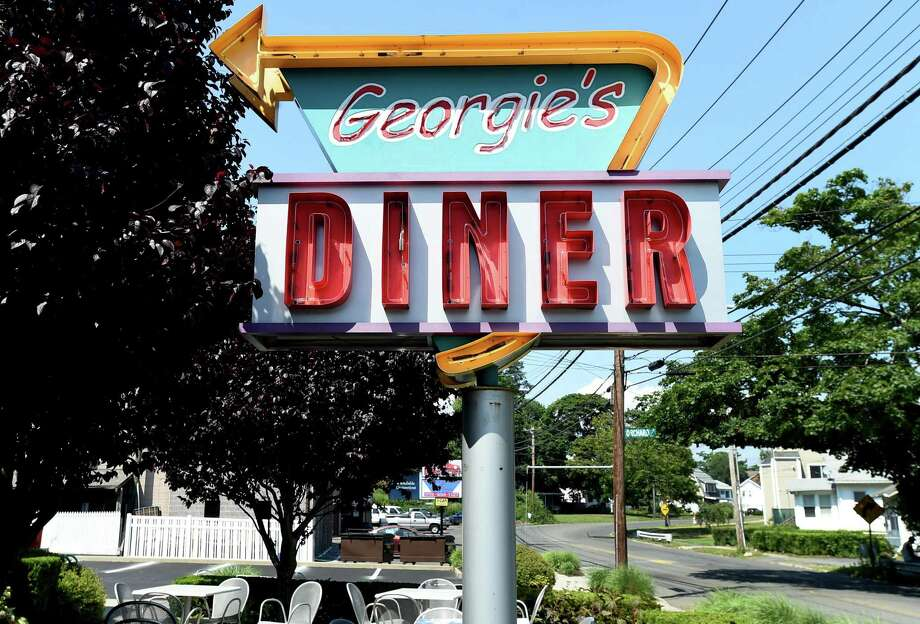 Georgie's Diner on Elm Street in West Haven Photo: Peter Hvizdak / Hearst Connecticut Media / New Haven Register