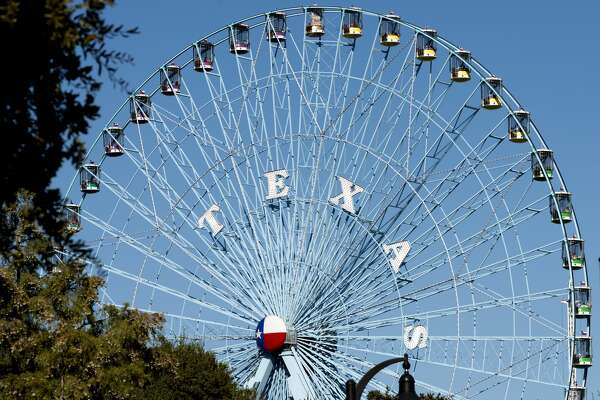 UNITED STATES - NOVEMBER 14: The Texas Star, the Ferris wheel at the Texas State Fair in Dallas, Texas. As of the date of this photograph in 2012, it was the tallest Ferris wheel in North America (Photo by Carol M. Highsmith/Buyenlarge/Getty Images)