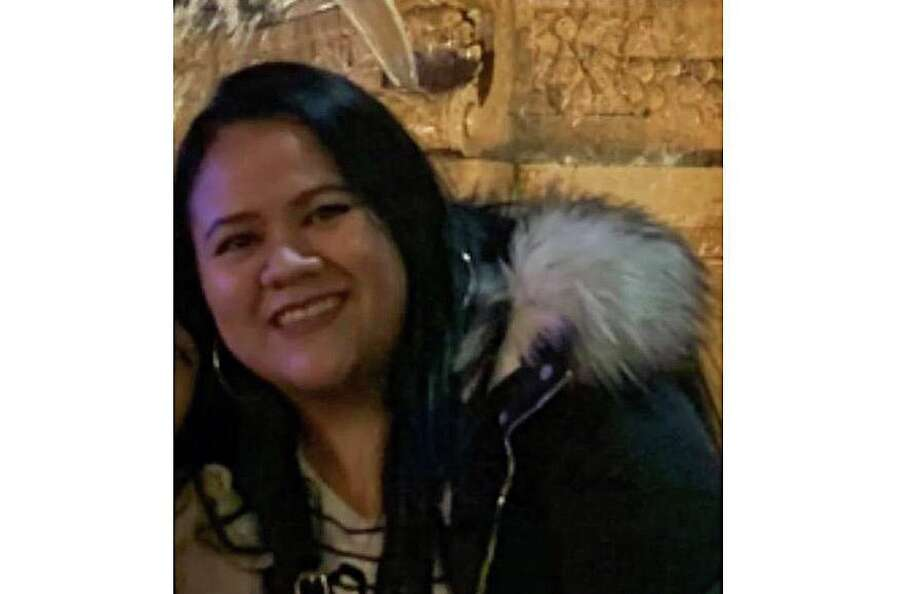 Lizzbeth Aleman-Popoca was described by police as a Hispanic woman, 5-feet-2-inches, with black hair and dark brown eyes. Police said Aleman-Popoca is 27. Photo: Contributed Photo / East Haven Police Department