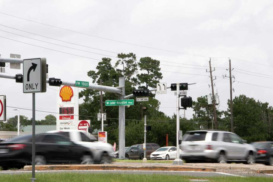 Txdot Begins Accepting Bids Today For 132 Million Highway Expansion Between Humble Atascocita Houston Chronicle
