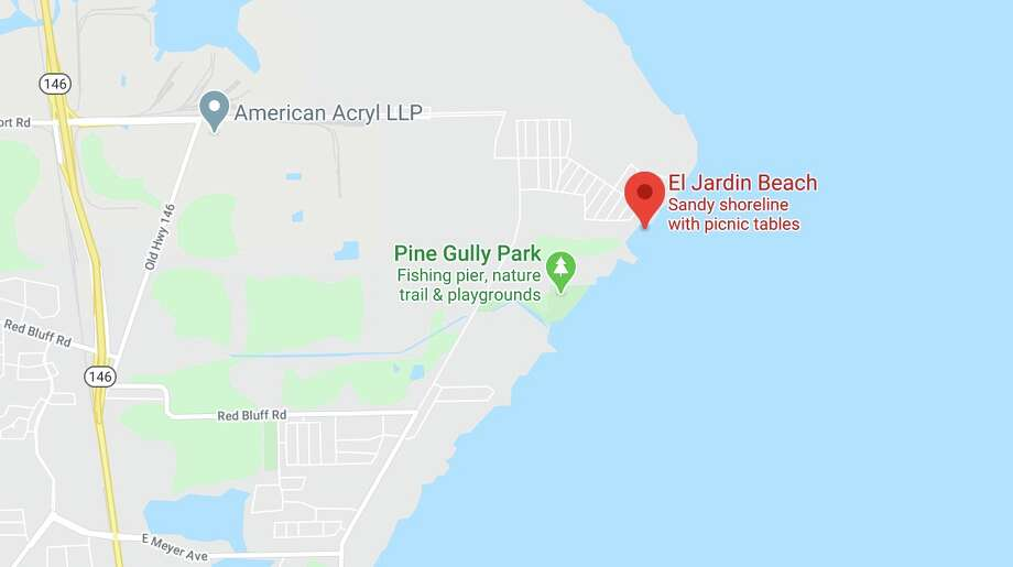 El Jardin Beach is the scene of the search for two people missing in Galveston Bay. Photo: Google Maps