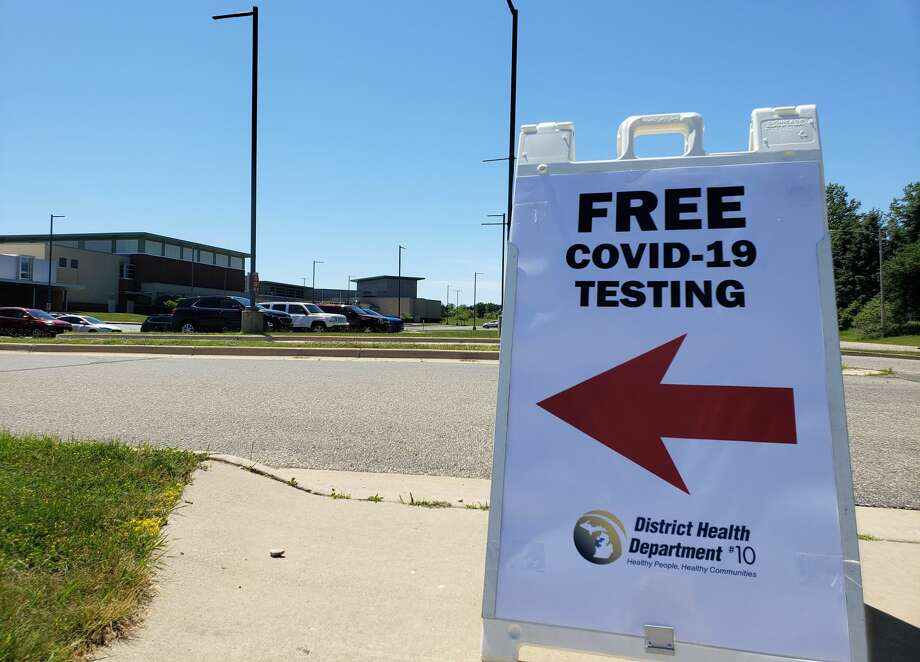 District Health Department #10 (DHD#10) held free drive-through community testing at Manistee High School at the end of June. Now, it will offer the same testing on July 15 and 16 at Ludington High School. Photo: File Photo