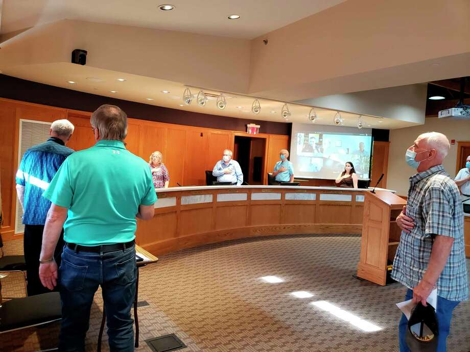 Tuesday, most members of Manistee City Council could be seen wearing a mask as the meeting started with the Pledge of Allegiance during the first meeting at city hall since March 17. All members of the audience and city staff in the room also wore the requisite masks. (Arielle Breen/News Advocate)