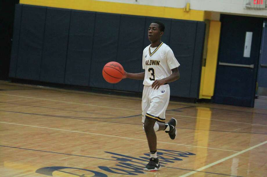 Carmelo Lindsey is a top notch basketball and football player for Baldwin. (Star file photo)
