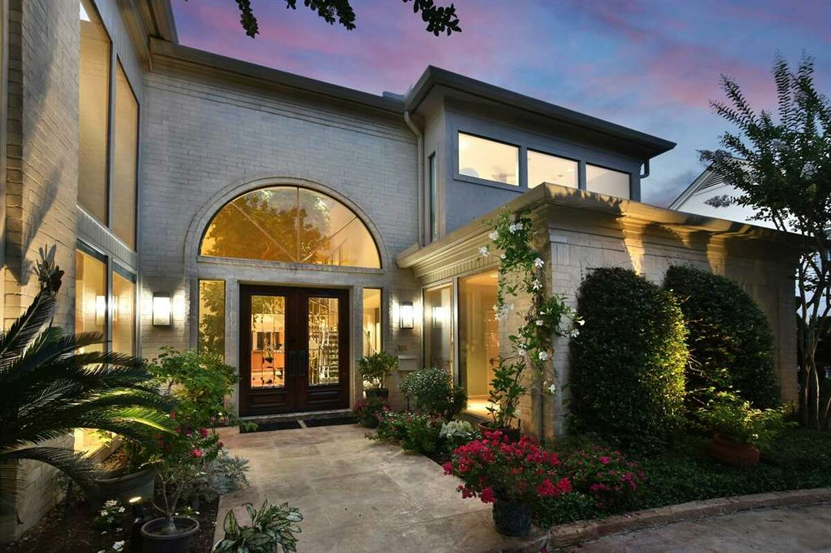 As you step inside the River Oaks home, there's an atrium entry with 20 ft. Ficus trees and tropical plants. The River Oaks neighborhood in Houston holds a special historic appeal.