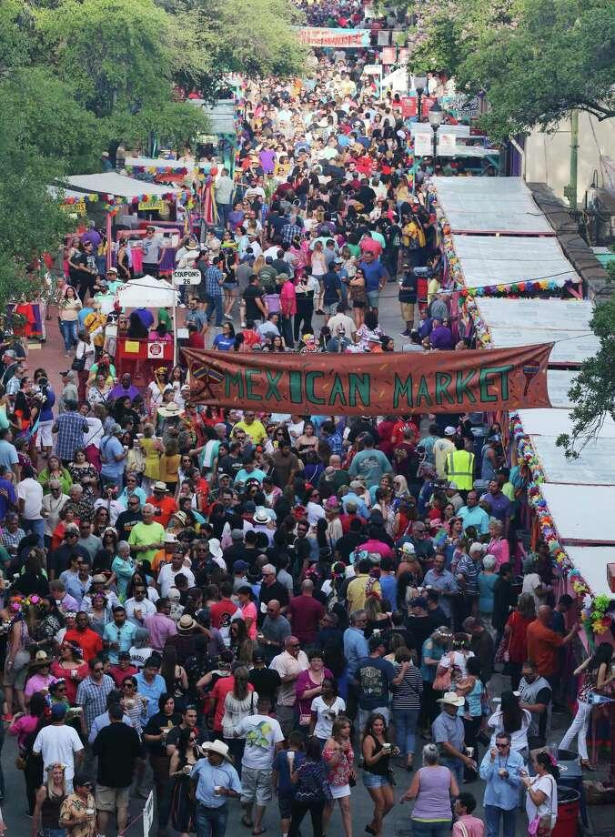 Fiesta 2020 will not happen due to the coronavirus pandemic. Photo: Kin Man Hui / Staff File Photo / ©2018 San Antonio Express-News