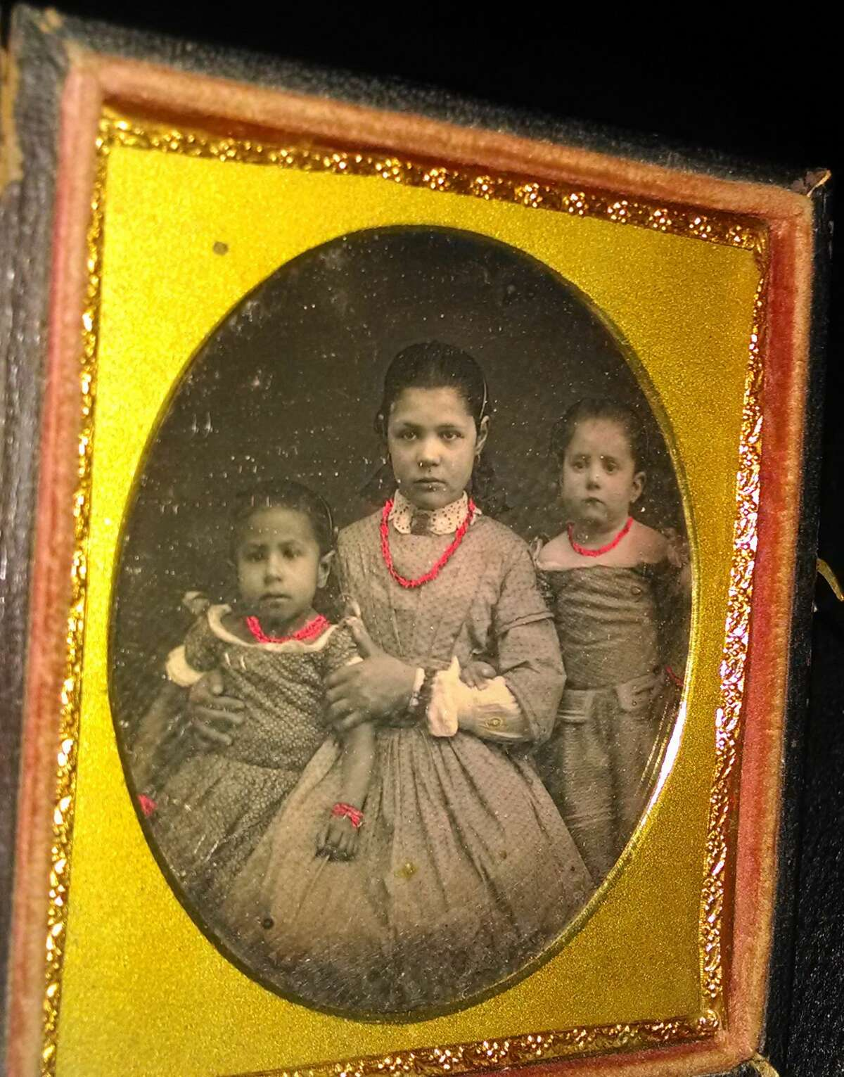 Minnie (left) and Jane Amelia (middle) Knapp, African American wards and servants of the Van Rensselaers. The daughter of another Cherry Hill servant appears on the right. (Image courtesy Historic Cherry Hill)