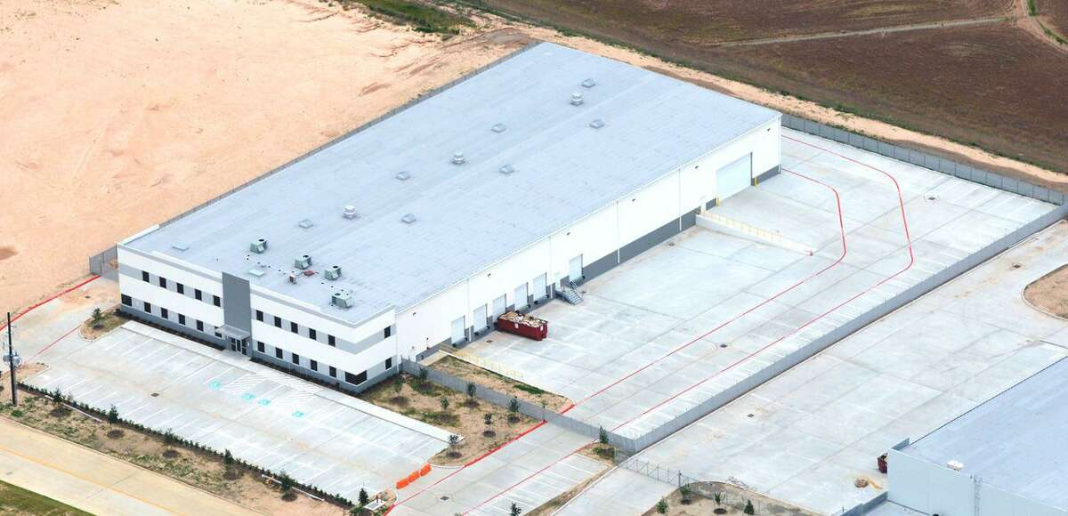 Jack Hilliard Distributing Co. will occupy a new facility in the Clay Road Commerce Park.
