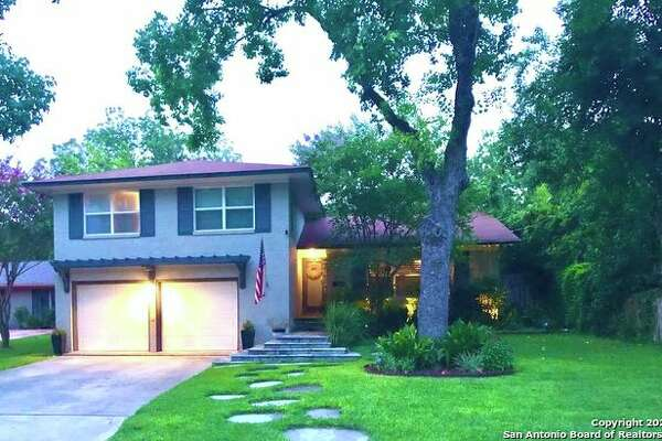 Wonderful Home in Alamo Heights Proper A Truly Rare Find! Lisa Price 210-275-4412 King Realtors