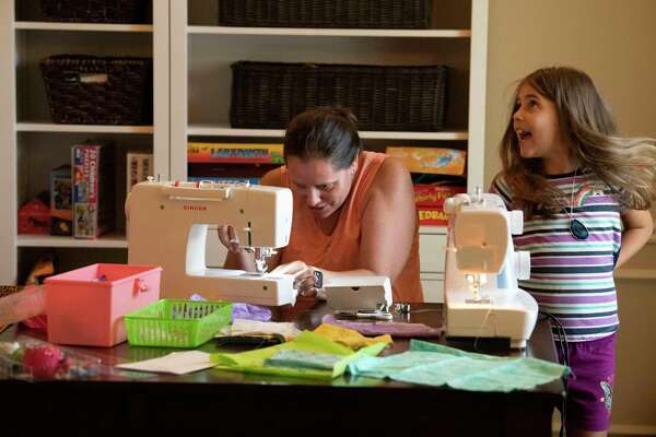 People Are Sewing Again All Over U S San Antonio In New Wave Of Crafting During Coronavirus Pandemic Expressnews Com