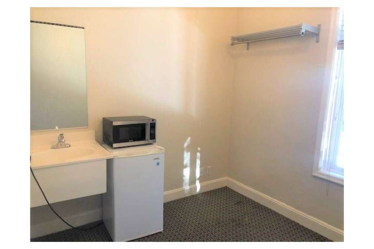 The listing also says the rent includes Wi-Fi and basic cable.