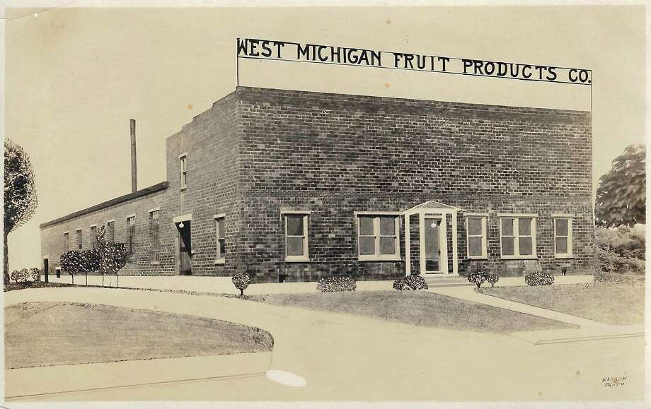 This image from 1930 shows the factory on the southwest corner of Forest and Day in Franfort. It opened in 1923 and produced cherry juice, apple cider and canned apples. (Courtesy Photo)