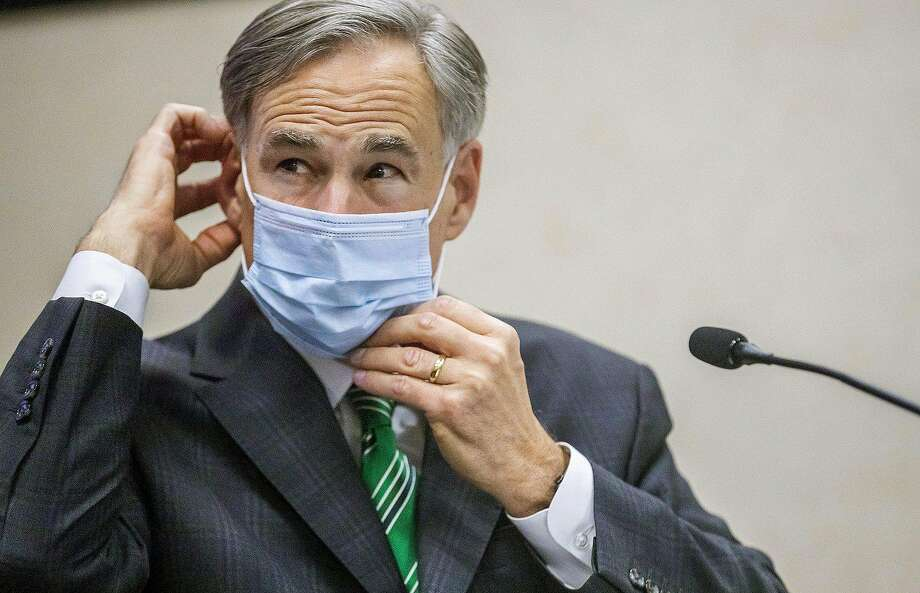 Gov. Greg Abbott on Wednesday wrote a letter to Austin Mayor Steve Adler saying the city is allowed to fine anyone who violates Abbott's executive order to wear a mask during the coronavirus pandemic. (Ricardo Brazzziell/Austin American-Statesman/TNS) Photo: Ricardo Brazzziell, TNS