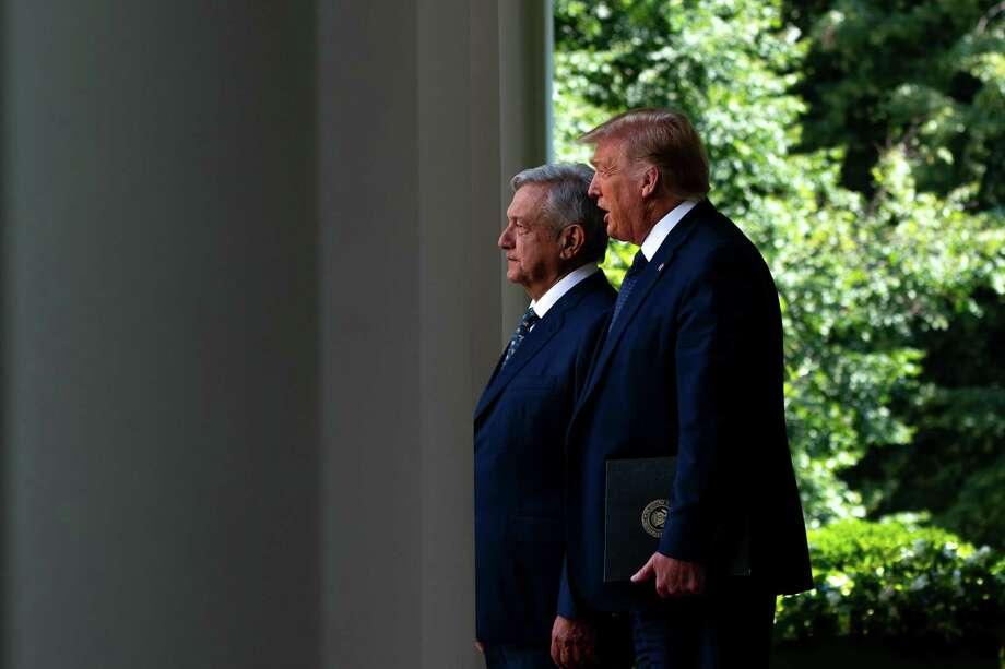 El presidente de México, Andrés Manuel López Obrador se une al presidente Donald Trump en el Jardín Rosa de la Casa Blanca en Washington el 8 de julio de 2020. Photo: ANNA MONEYMAKER /NYT / NYTNS