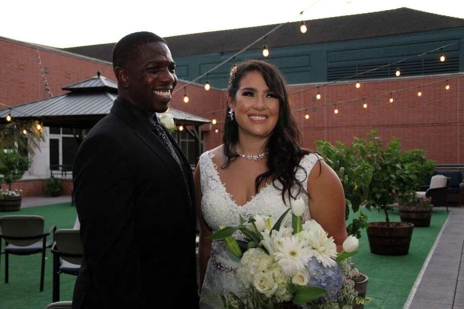 Jorden Wilson, a COVID-19 nurse, marriedRandy Johnson Jr. at Houston Methodist West Hospital July 9. Photo: Courtesy Of Houston Methodist Hospital