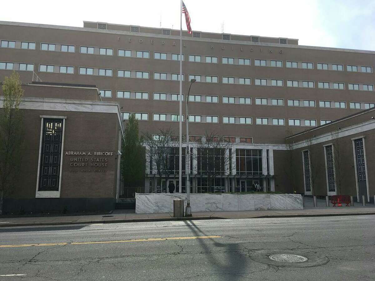 Federal Court in Hartford (Abraham Ribicoff Federal Building and United States Courthouse 450 Main St.)