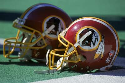 The NFL's Washington R------s announced in a tweet on July 13, 2020 that they will change the team's name.