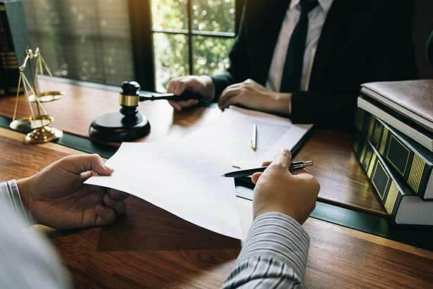 Experience and Fight-How to Choose the Best Trial Lawyers