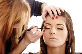 Preparing your skin for makeup application