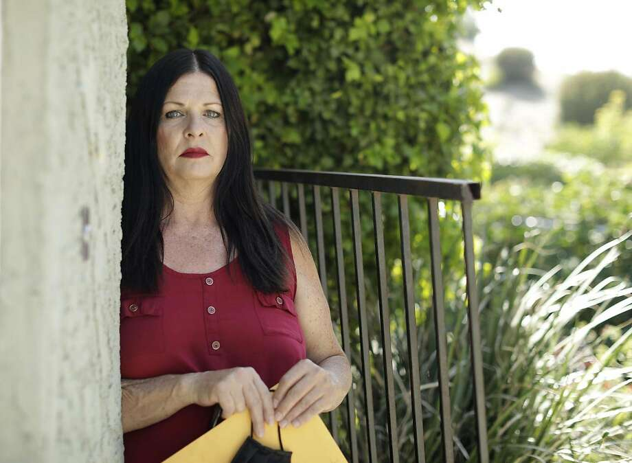 Jamie Ivey filed a lawsuit this week against Hollywood Premier nursing home, where her father died of COVID-19. (Myung J. Chun/Los Angeles Times/TNS) Photo: Myung J. Chun, TNS