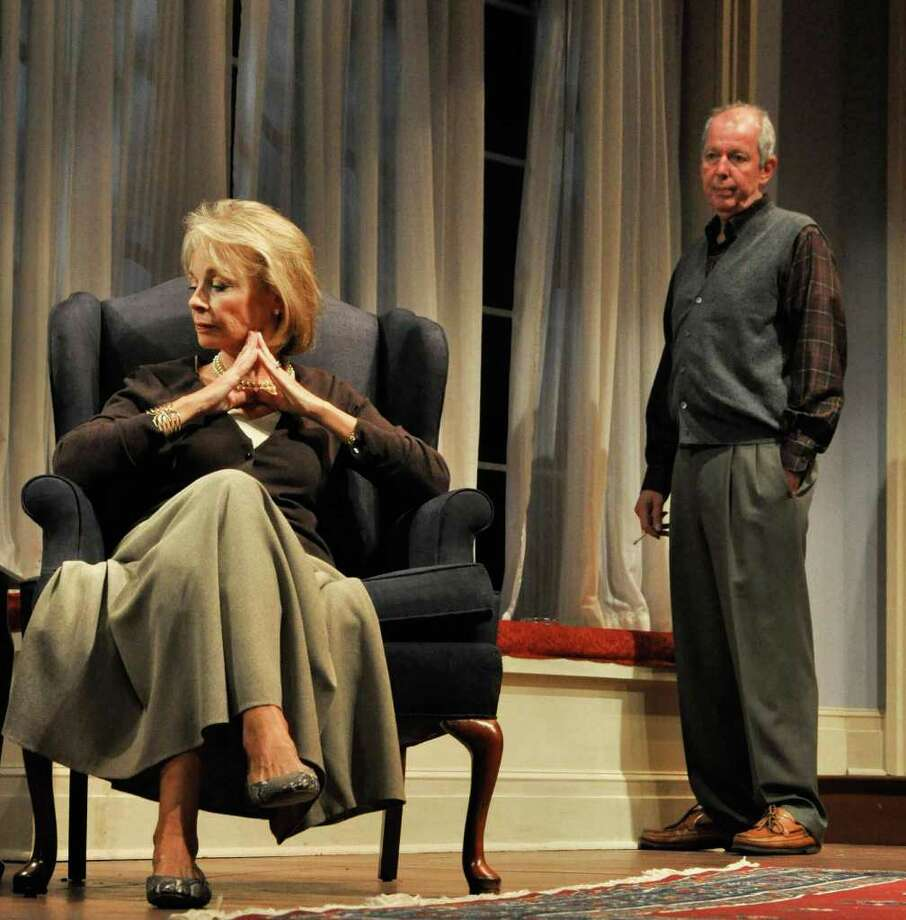 Maureen Anderman and Jonathan Hogan in A Delicate Balance. Directed by David Auburn (Jaime Davidson)