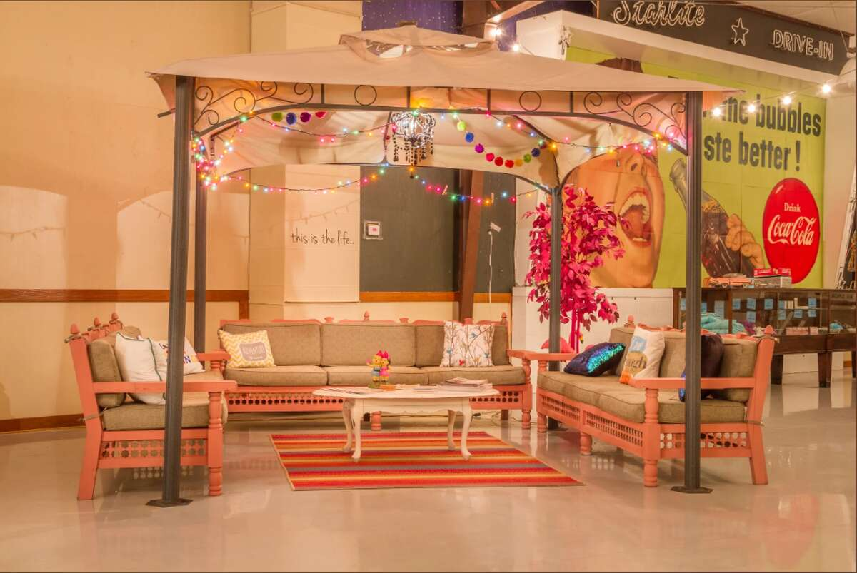 The Flamingo Lounge As a guest of the Lone Star Glamp Inn, you will find access to plenty of seating areas.
