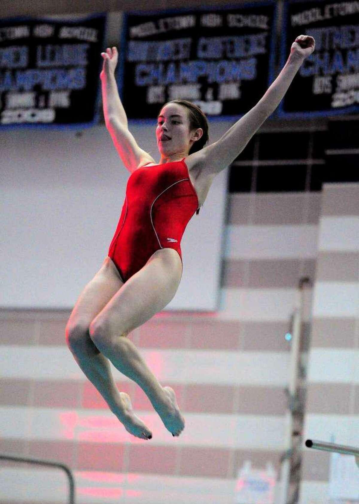 Emma Gravgaard, a 2020 Brookfield High School graduate, earned NISCA Diving All-America honors.