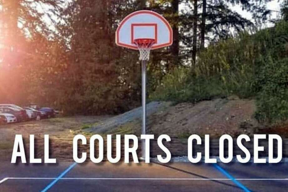 Wilton's town-owned basketball courts were closed on July 15, 2020 due to the public not following coronavirus protection rules. Photo: File Photo