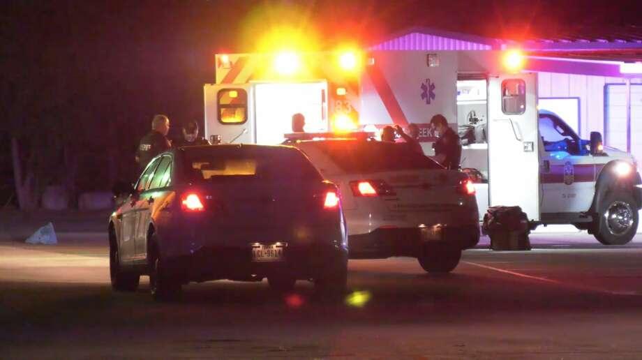 Harris County sheriff's deputies investigate a shooting along Hufsmith-Korhville Road on Thursday, July 16, 2020. Photo: OnScene.TV