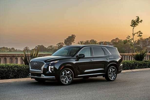 The 2021 Hyundai Palisade adds Calligraphy model and streamlines the content packaging.
