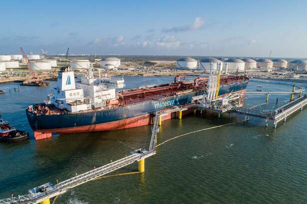 Houston pipeline operator Buckeye Partners has started operations at its new South Texas Gateway facility in Ingleside where aMalta-flagged oil tanker named the Minerva Libra arrived Tuesday and is loading the terminal's first export shipment.