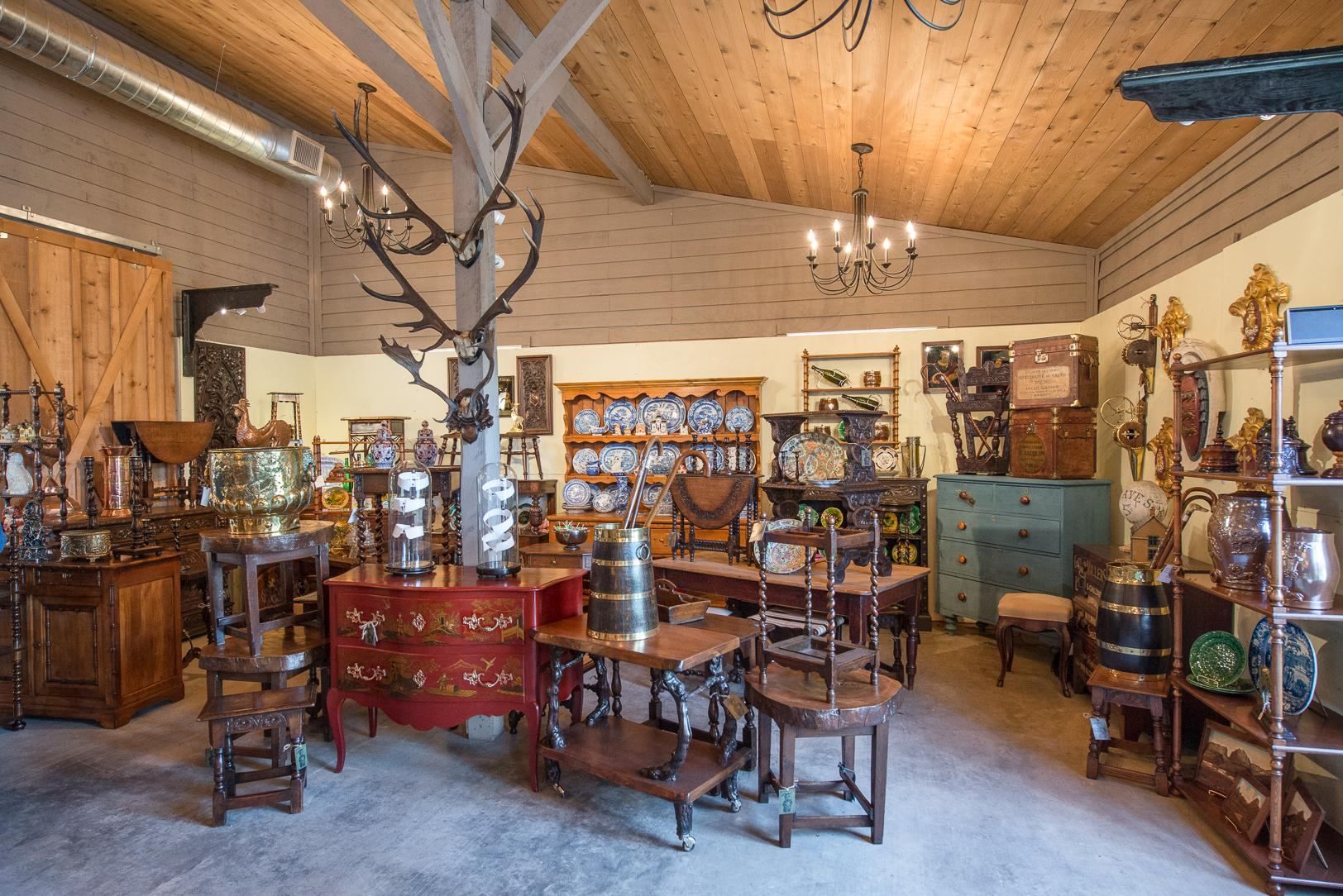 Fall Round Top antiques shows pushed to late October
