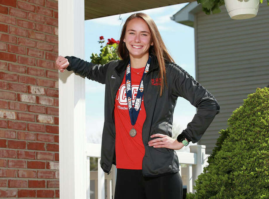 Staunton's Lydia Roller repeated her runner-up finish at the Class 1A state meet at Detweiller Park in Peoria and repeats an honor as the 2019 Telegraph Small-Schools Girls Cross Country Runner of the Year. Photo: Billy Hurst, Front Row Photo | For The Telegraph