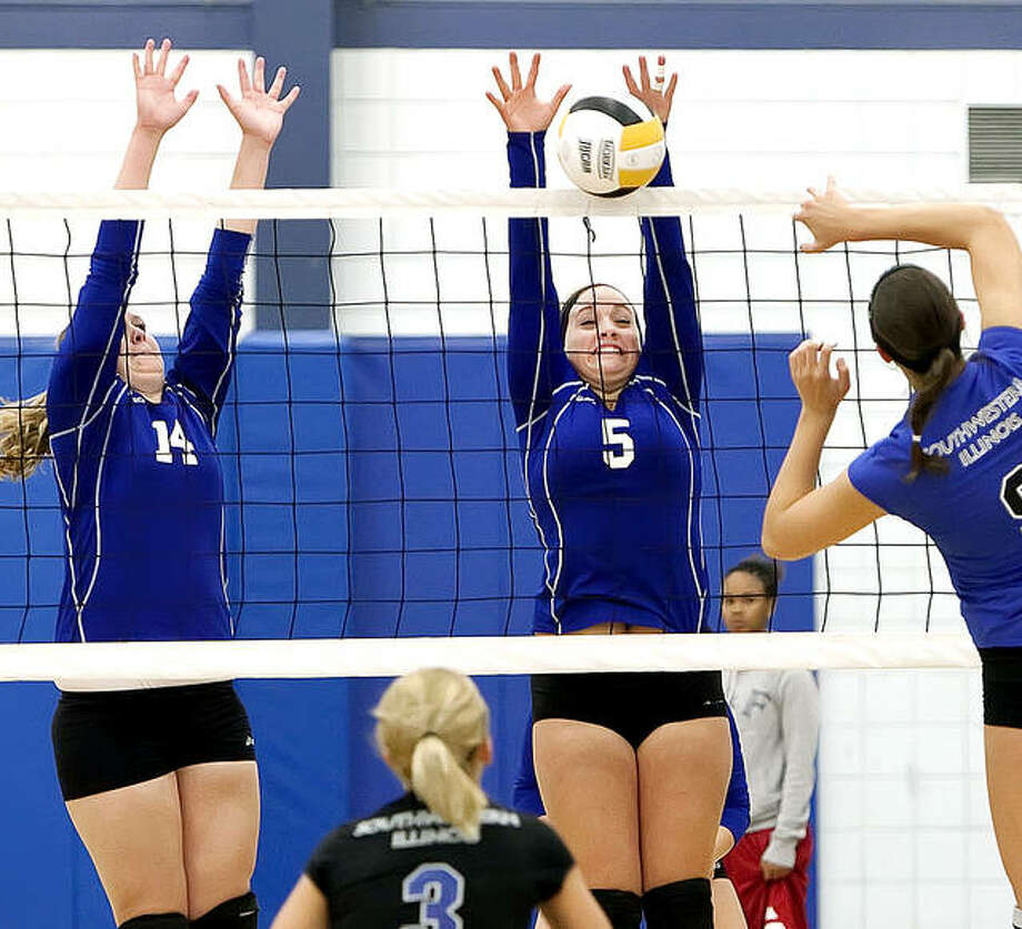 The Lewis and Clark volleyball team will begin preseason workouts in August, but the regular season has been moved to the spring because of the COVID-19 pandemic. LCCC is shown in previous action against rival Southwestern Illinois College. Photo: S. Paige Allen | For The Telegraph