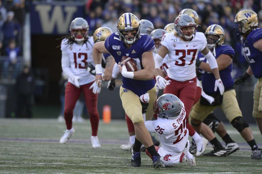 Washington Huskies tight end Cade Otton on Friday was named to the preseason watch list for the John Mackey Award, given annually to the nation's top tight end. Photo: Icon Sportswire/Icon Sportswire Via Getty Images / ©Icon Sportswire (A Division of XML Team Solutions) All Rights Reserved