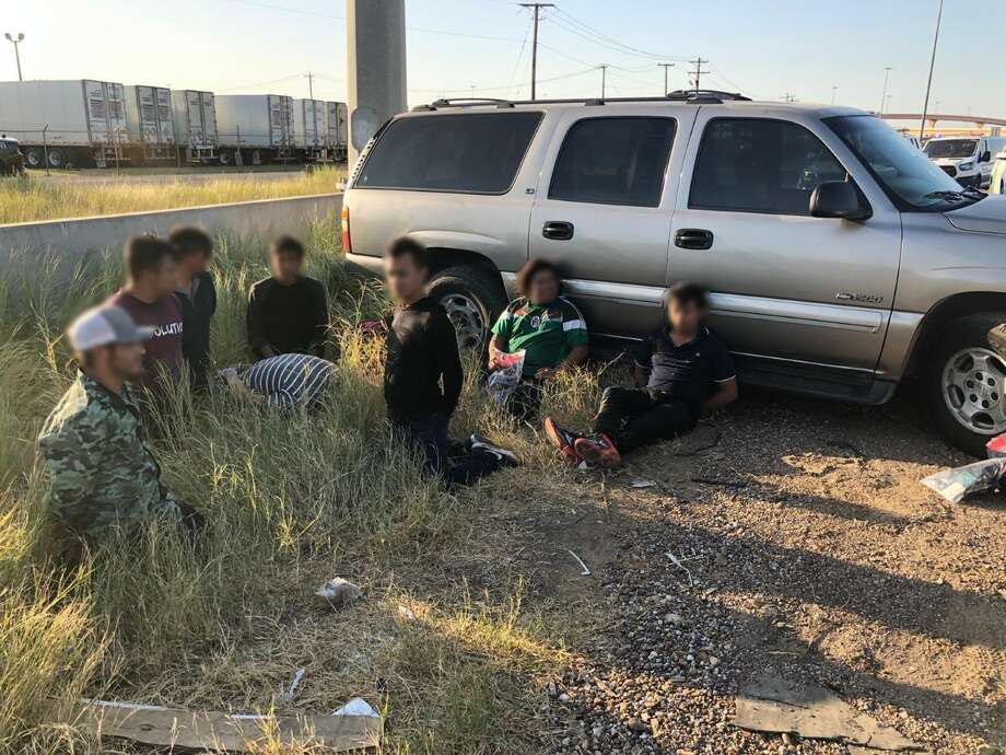 Local and federal authorities halted a human smuggling attempt following a vehicle pursuit in north Laredo. Photo: Courtesy