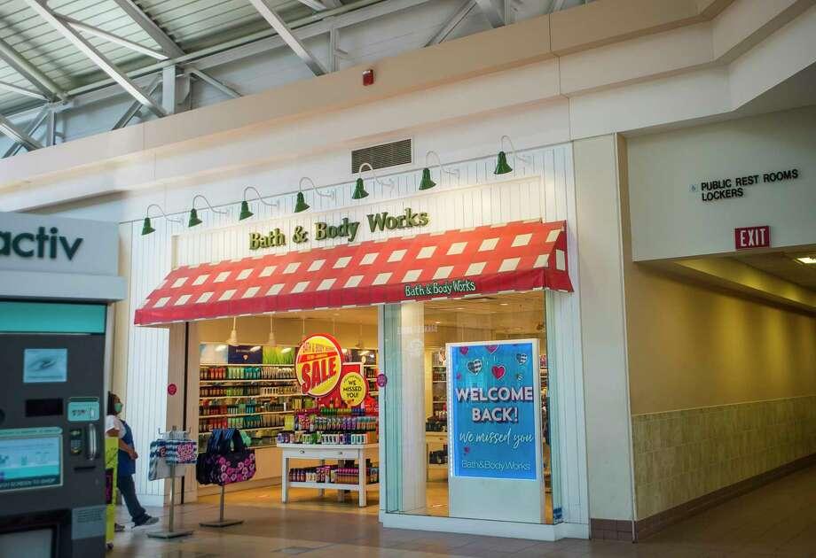 Bath & Body Works is open for business inside Midland Mall Friday, July 17, 2020. (Katy Kildee/kkildee@mdn.net)