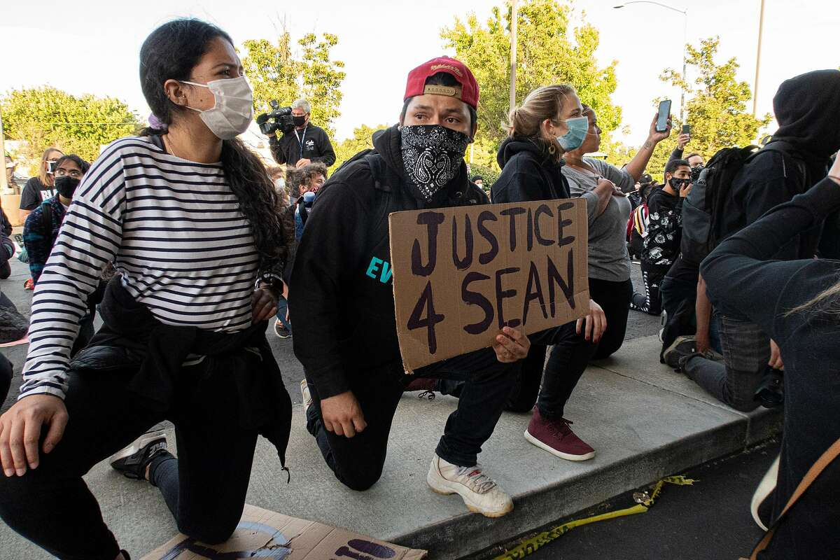 Protesters at the Walgreens where Sean Monterrosa was killed by a Vallejo police officer in Vallejo, Calif., Friday, June 5, 2020