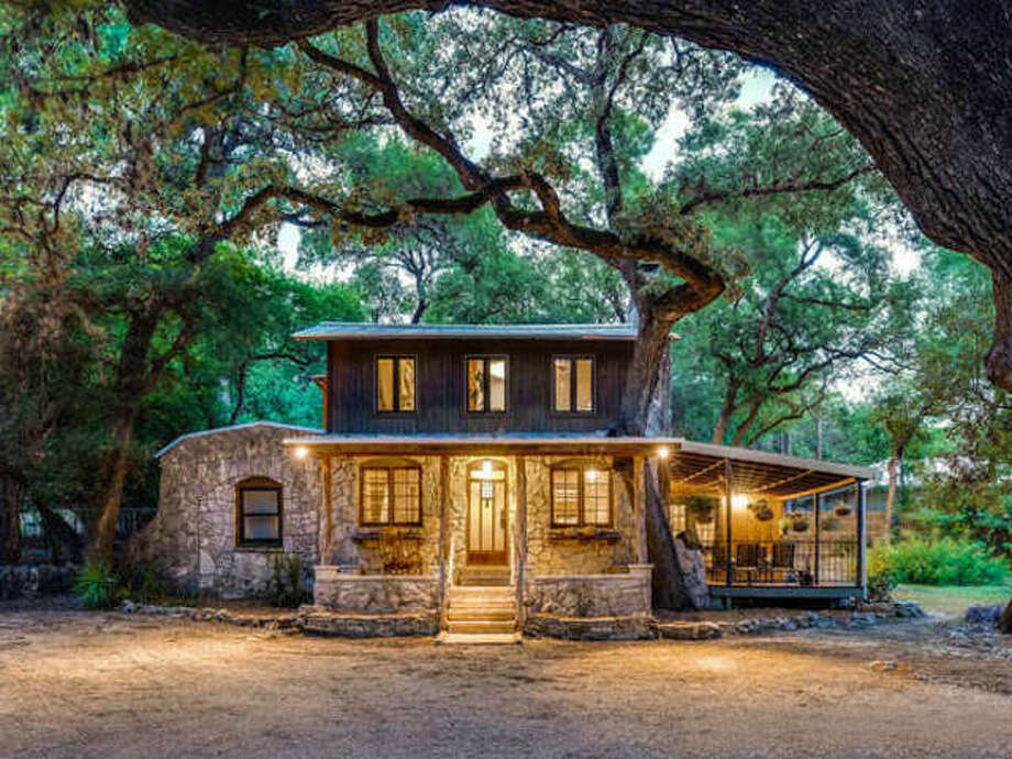 Grey Forest's natural beauty and small-town atmosphere continue to draw many homebuyers. Photo: San Antonio Board Of Realtors