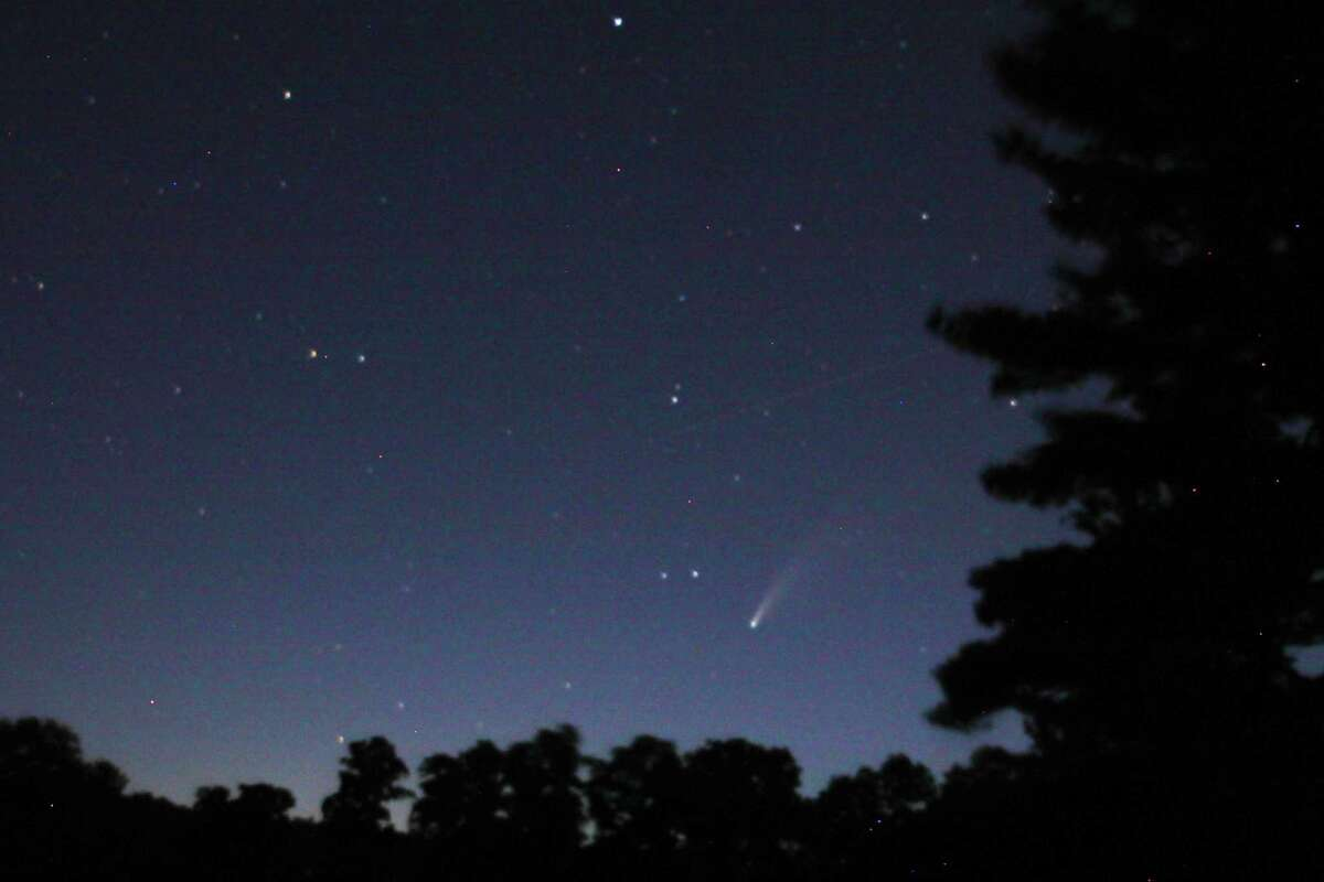 Comet Neowise was visible in the clear skies of Rotterdam on Friday, July 17. (Denise Walling)