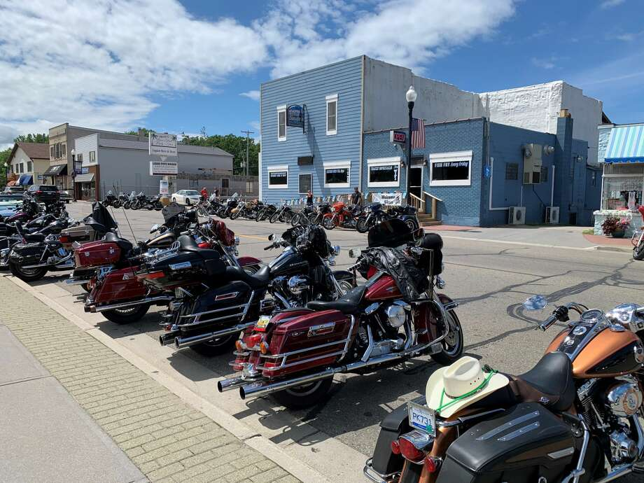 The sixth annual Shovel Run started from Caseville's Dufty's Bluewater Inn. This years ride and drive event covered roughly 100 miles across the Thumb and made stops at bars in Port Hope, Pinnebog, and Unionville. Photo: Paige Withey