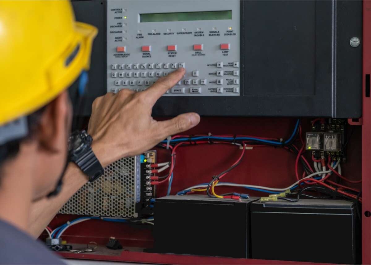 #99. Security and fire alarm systems installers - Average annual wage: $50,210 (6.1% lower than average U.S. income) - Employment: 71,600 (0.49 per 1,000 jobs) - Job training: moderate-term on-the-job training These specialized technicians install and maintain fire alarms and security systems, as well as check that their work is in accordance with local building codes. Most people with this job work in the security industry-construction comes in second.