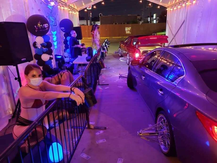 Vivid Gentleman's Club at 2618 Winrock Blvd has become Texas' first drive-thru strip club amid the pandemic, which has forced many similar businesses to temporarily shut down. Photo: Brandon Clements