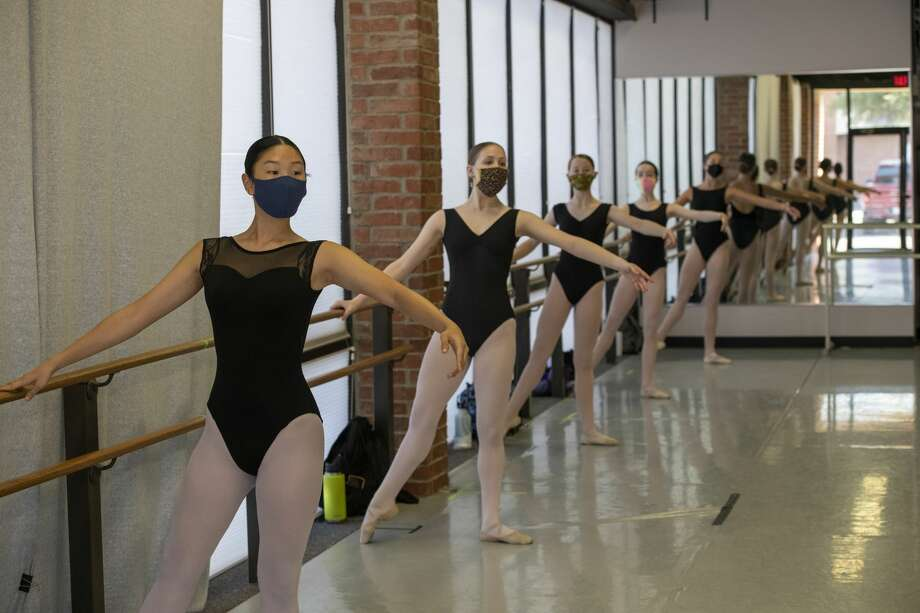 Midland Festival Ballet dancers practice while wearing masks Tuesday, July 21, 2020 at 4410 North Midkiff Road. Jacy Lewis/Reporter-Telegram Photo: Jacy Lewis/Reporter-Telegram