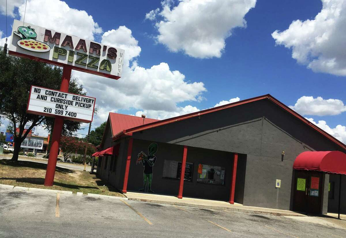 MAAR's Pizza & More decided to close dine-in as a response to the current COVID-19 spike in San Antonio.