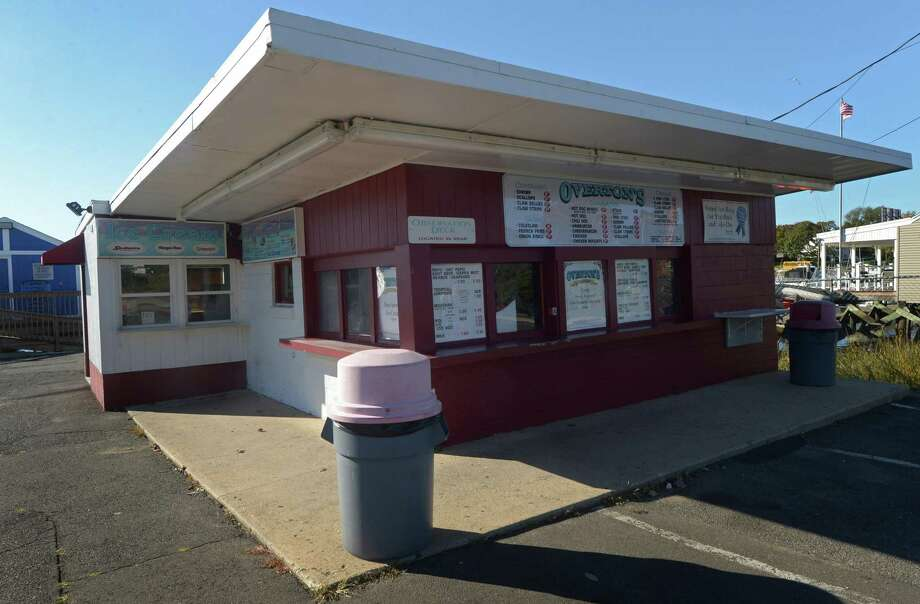 Overton's restaurant on Seaview Ave. Tuesday, October 30, 2018, in Norwalk, Conn. Photo: Erik Trautmann / Hearst Connecticut Media / Norwalk Hour