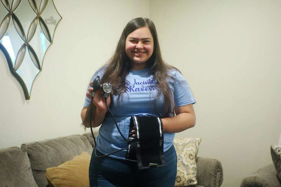 """Sam Rayburn student Lorie Herrera, who intends to study to become an ultrasound technician, is going to San Jacinto College through the Promise Program, which her covers tuition costs. """"I thought 'Oh my gosh, free college!' Who would want to miss out on that?"""" she says. Photo: Kirk Sides / Staff Photographer / © 2020 Kirk Sides / Houston Chronicle"""