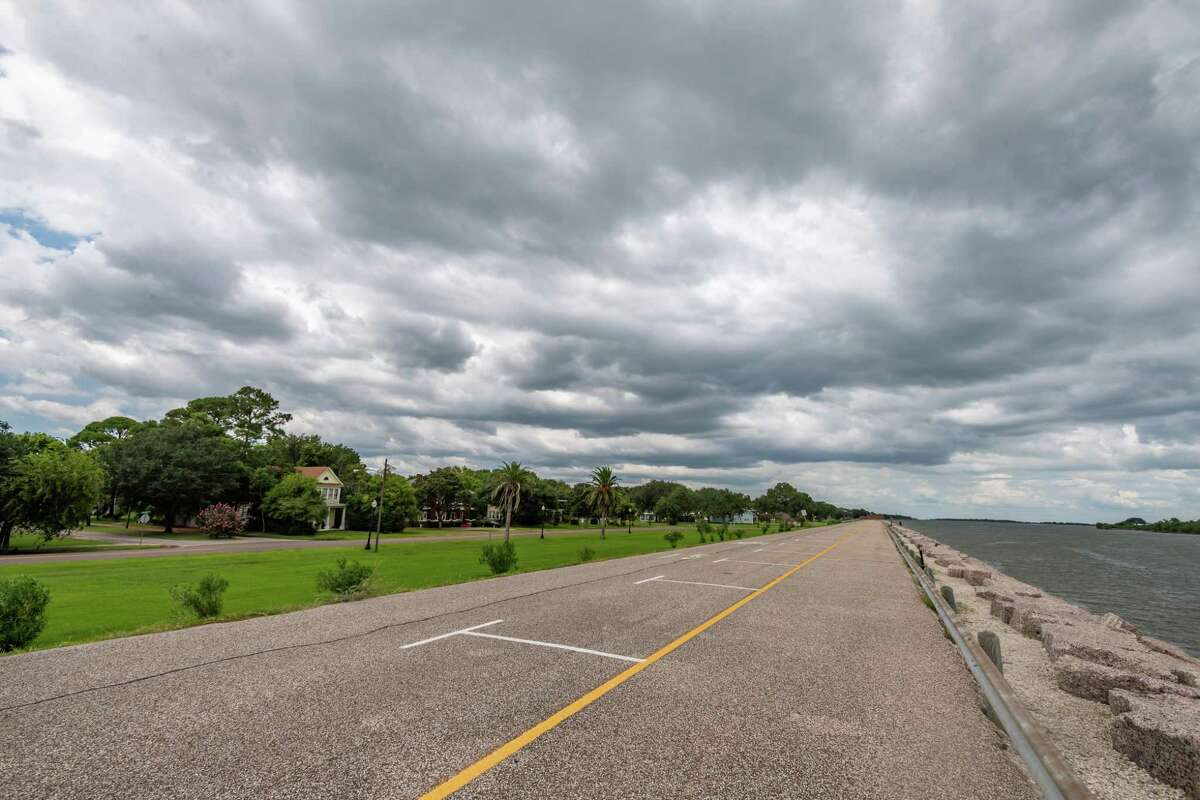 A thick, dark cloud bank covers Port Arthur just off the seawall on Thursday afternoon. Photo made on July 23, 2020. Fran Ruchalski/The Enterprise